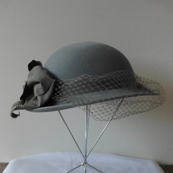 Michael Howard Georgi GRAY Wool Felt Hat With Veil.  M 5b999954a31c334301c83941 9bef1f28d3d